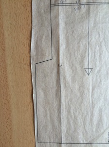 large dot and solid line showing the seam line
