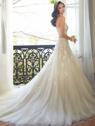 y11552_back_designer-wedding-dresses-2015-510x680